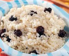Рисовая каша с изюмом в мультиварке