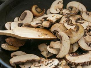 бефстроганов из говядины со сметаной и грибами