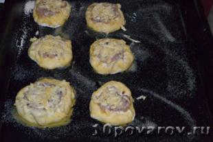 дрожжевые булочки с мясом