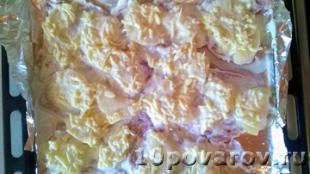 филе куриное с ананасом под сыром