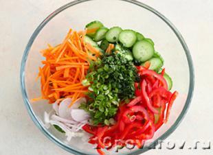 Хрустящий салат с огурцом