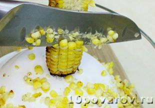 салат с запеченной кукурузой