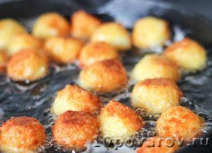 сырные шарики во фритюре пошаговый фото рецепт