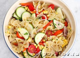 итальянский салат с пастой