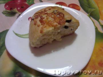 Домашняя булочка с оливками или маслинами