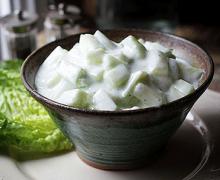 Салат из огурца с йогуртом