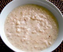 Сладкая рисовая каша на молоке