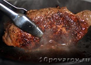 как приготовить бифштекс из говядины на сковороде