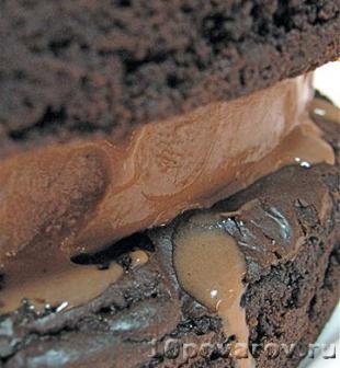 торт шоколадный брауни с кремом