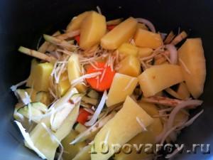 Хек с овощами в мультиварке