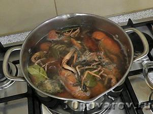 Холодный суп ботвинья с рыбой