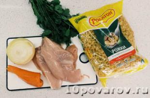 Суп с куриным филе и вермишелью