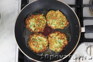 Оладьи из кабачков и картошки