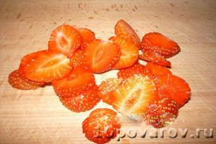 Cырники с клубникой - пошаговый рецепт с фото