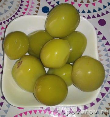 Малосольные зеленые помидоры черри