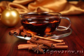 Черный чай с корицей